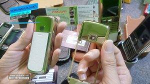 Phan-biet-gay-suon-zin-va-lo-Nokia-8800-Arte-Gold (2).jpg
