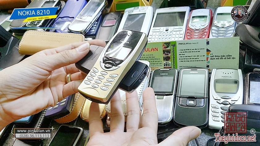 Nokia 8210 nguyên bản nhiều màu