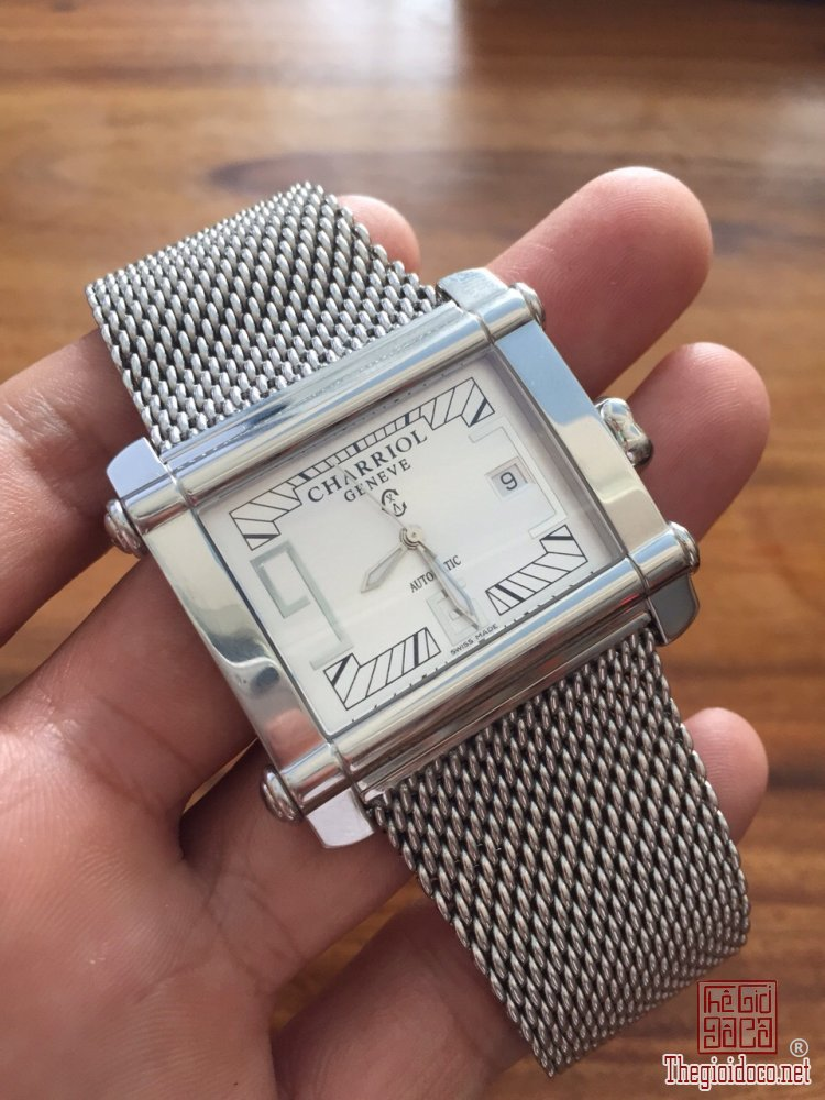 Đồng hồ Nam Charriol geneve automatic