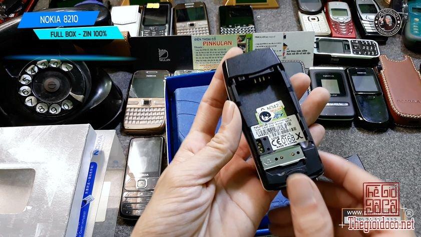 Nokia-8210-fullbox-zin-nguyen-ban (4).jpg
