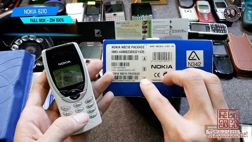 Nokia-8210-fullbox-zin-nguyen-ban (7).jpg