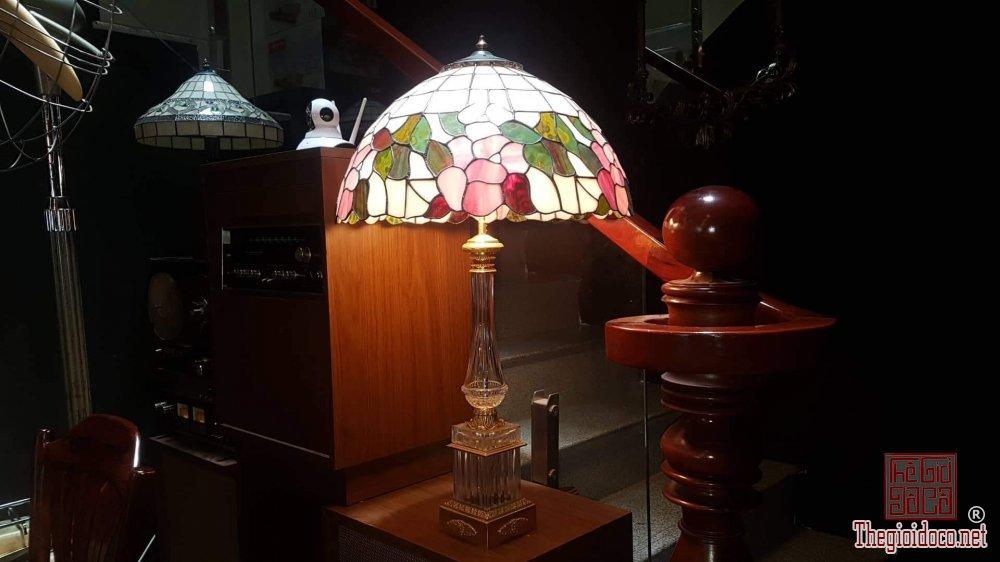 Bán đèn hiệu Tiffany