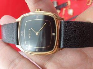 Đồng hồ Rado siêu mỏng xưa...