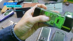 Dac-diem-nhan-dang-Nokia-8850-lo-hang-Trung-Quoc (4).jpg