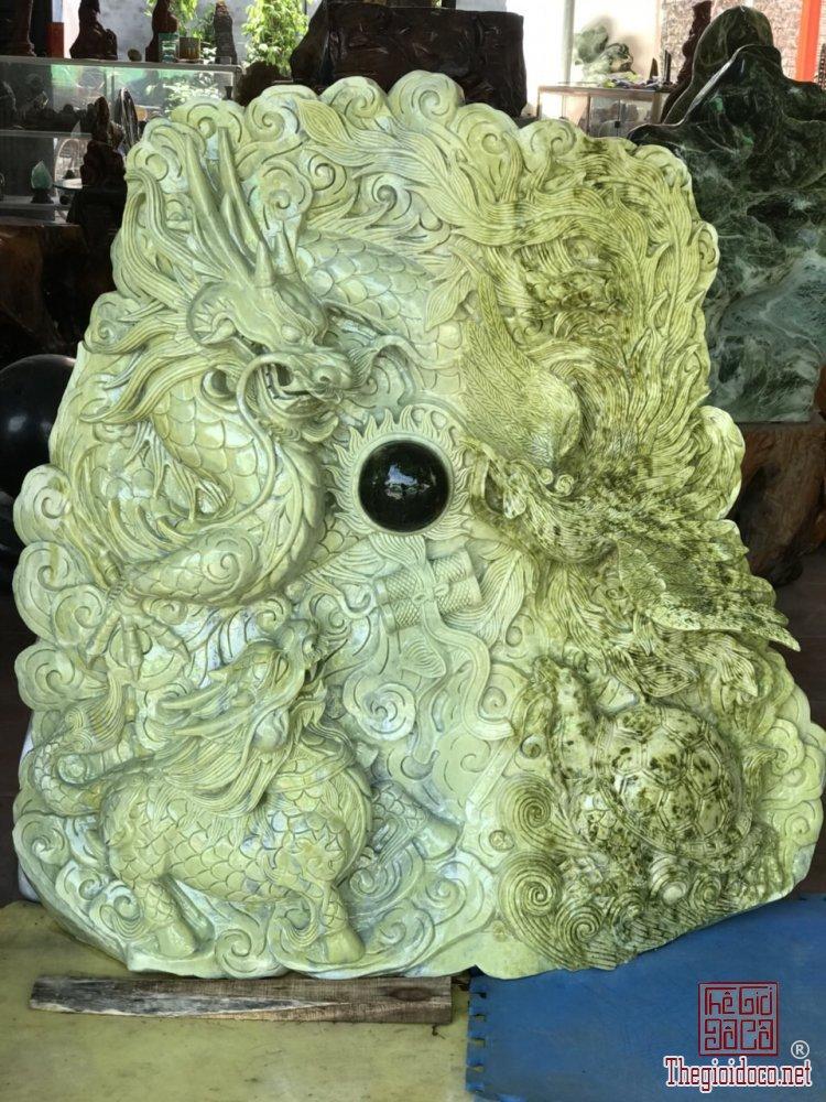 Ms 9786.Tác phẩm Tứ Linh được đục từ đá thiên nhiên serpentine,nặng 300kg.Lh\zalo:0968 551 668
