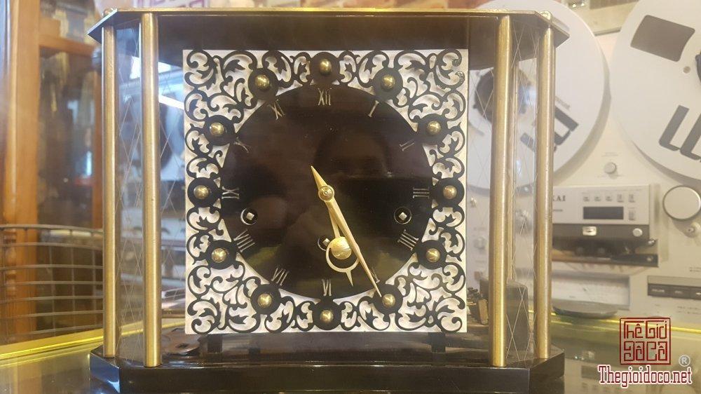Bán đồng hồ để bàn Fran