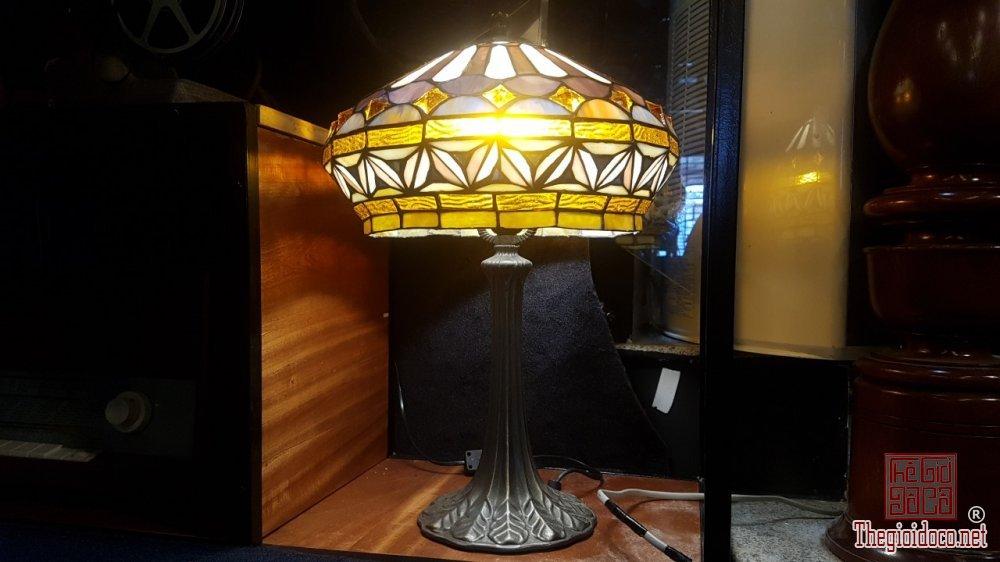 Bán đèn để bàn Tifany