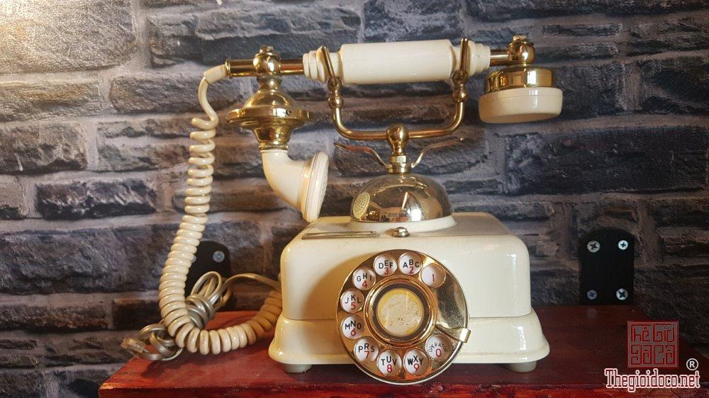 Bán điện thoại bàn quay số