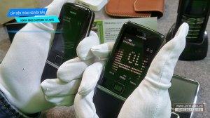 Nokia-8800-Saphire-va-Nokia-8800-Arte (2).jpg
