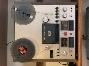 Akai GX 600D