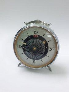Đồng hồ để bàn xưa, máy đồng...