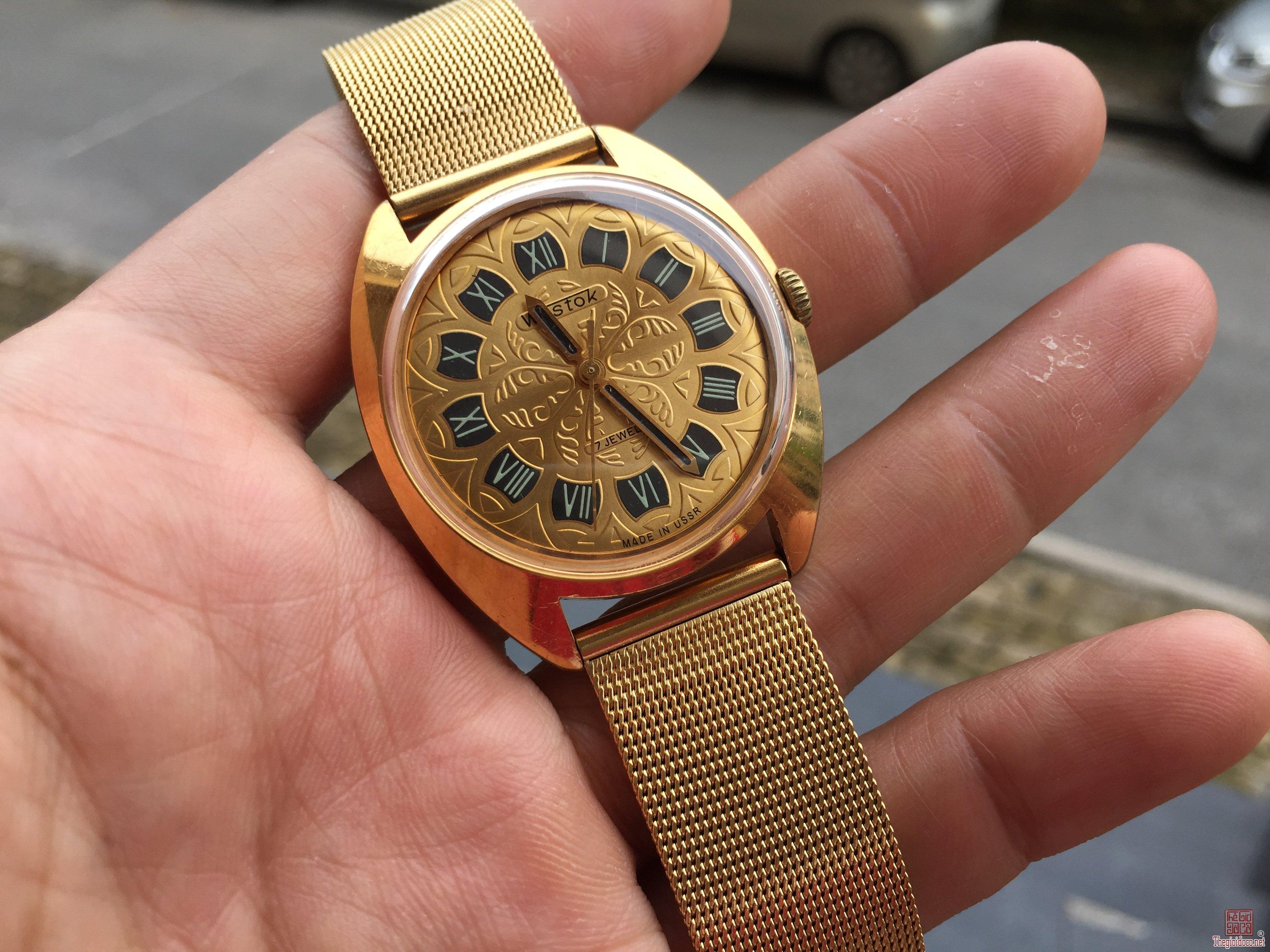Đồng hồ Wostok Nga rất đẹp, hoạt động tốt
