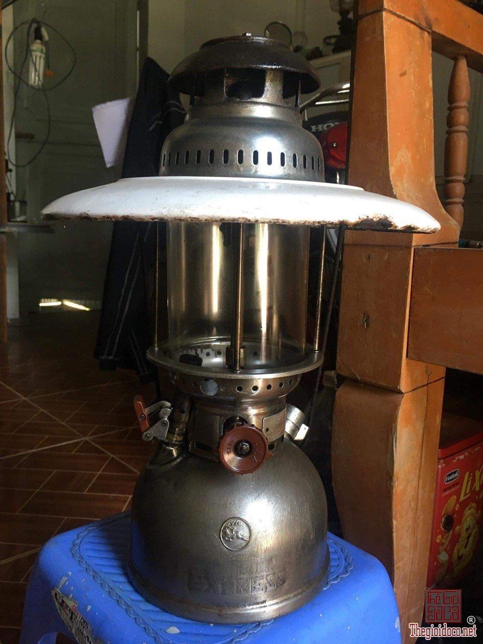 đèn măng xông AiDa GerMany bầu đồng của Đức còn hoạt động tốt zalo: 0776218163 Hoàng Thiên