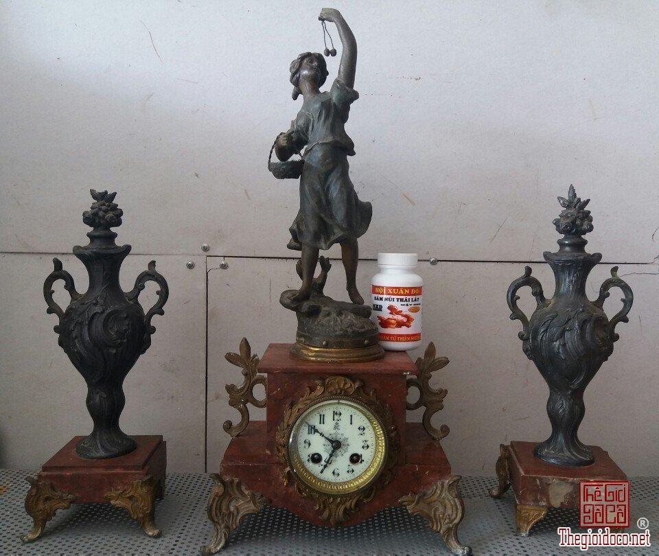 Đồng hồ cổ của pháp làm từ atimon và đá quý Phone : 0938 179 545