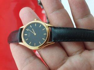 Đồng hồ Seiko nữ đơmi lacke vàng