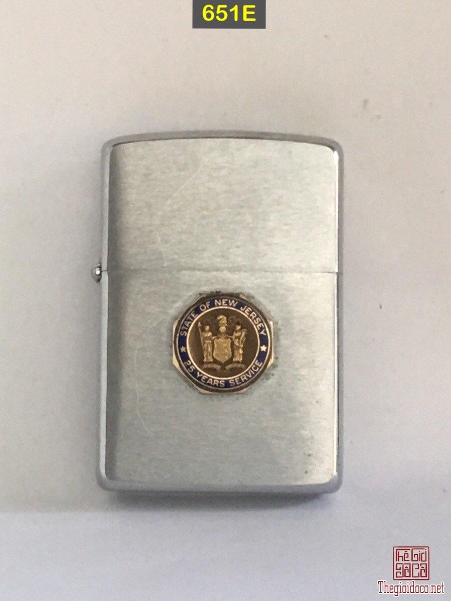 651E-chữ xéo 1965 STATE OF NEWJESEY ( emblem)