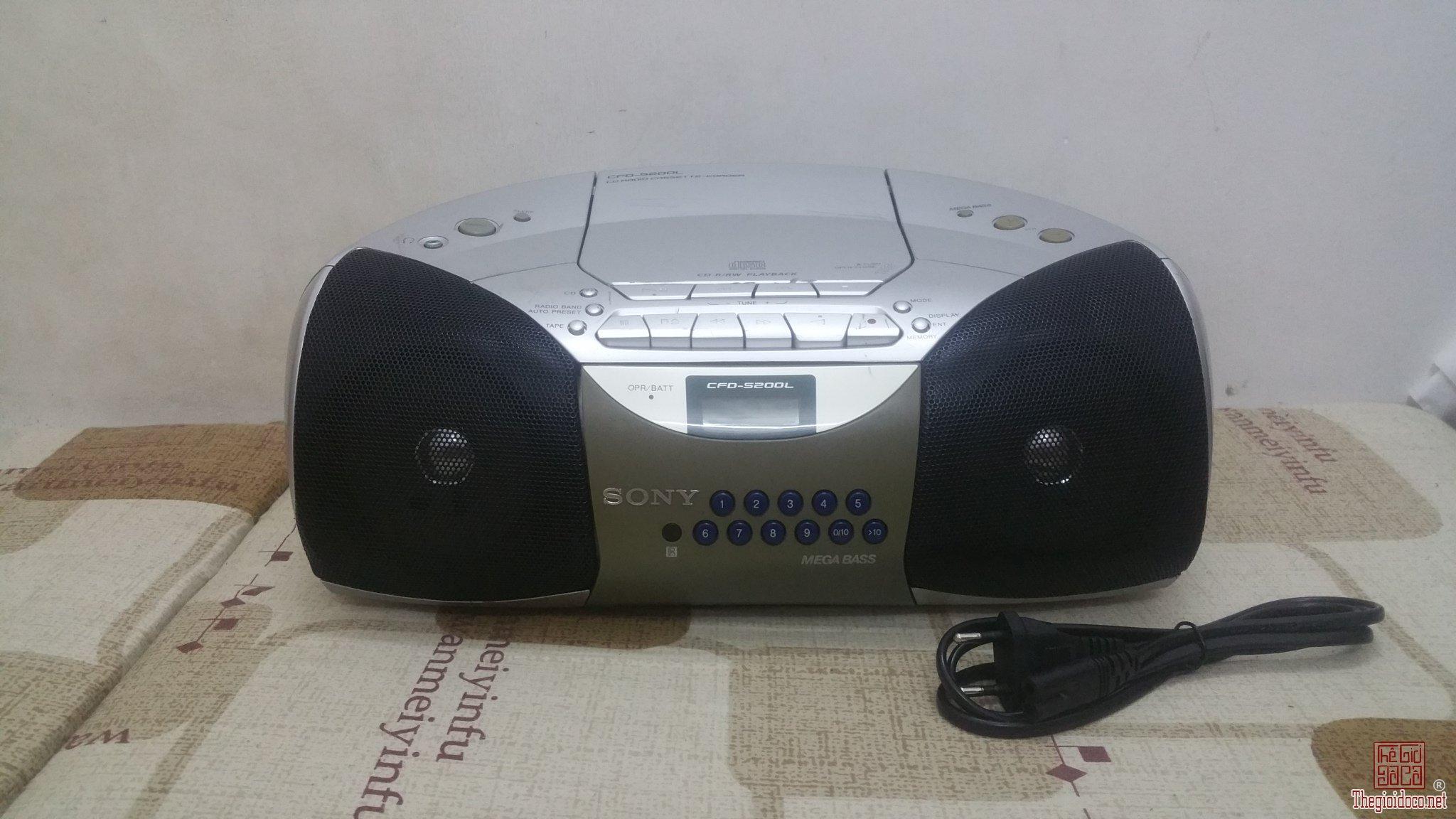Đài đĩa CD Sony CFD-5200 cho...