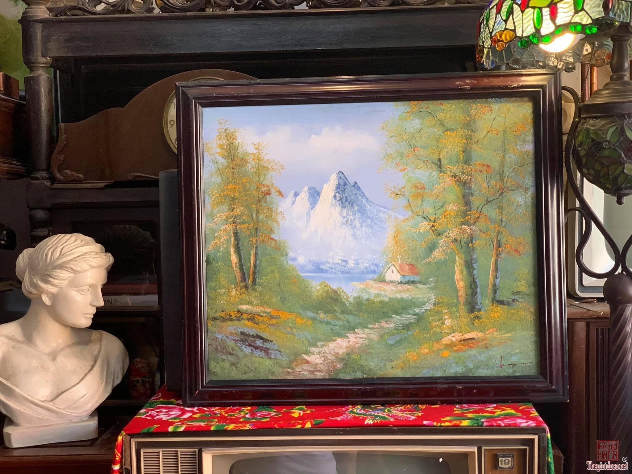 Hai bức tranh sưu tầm