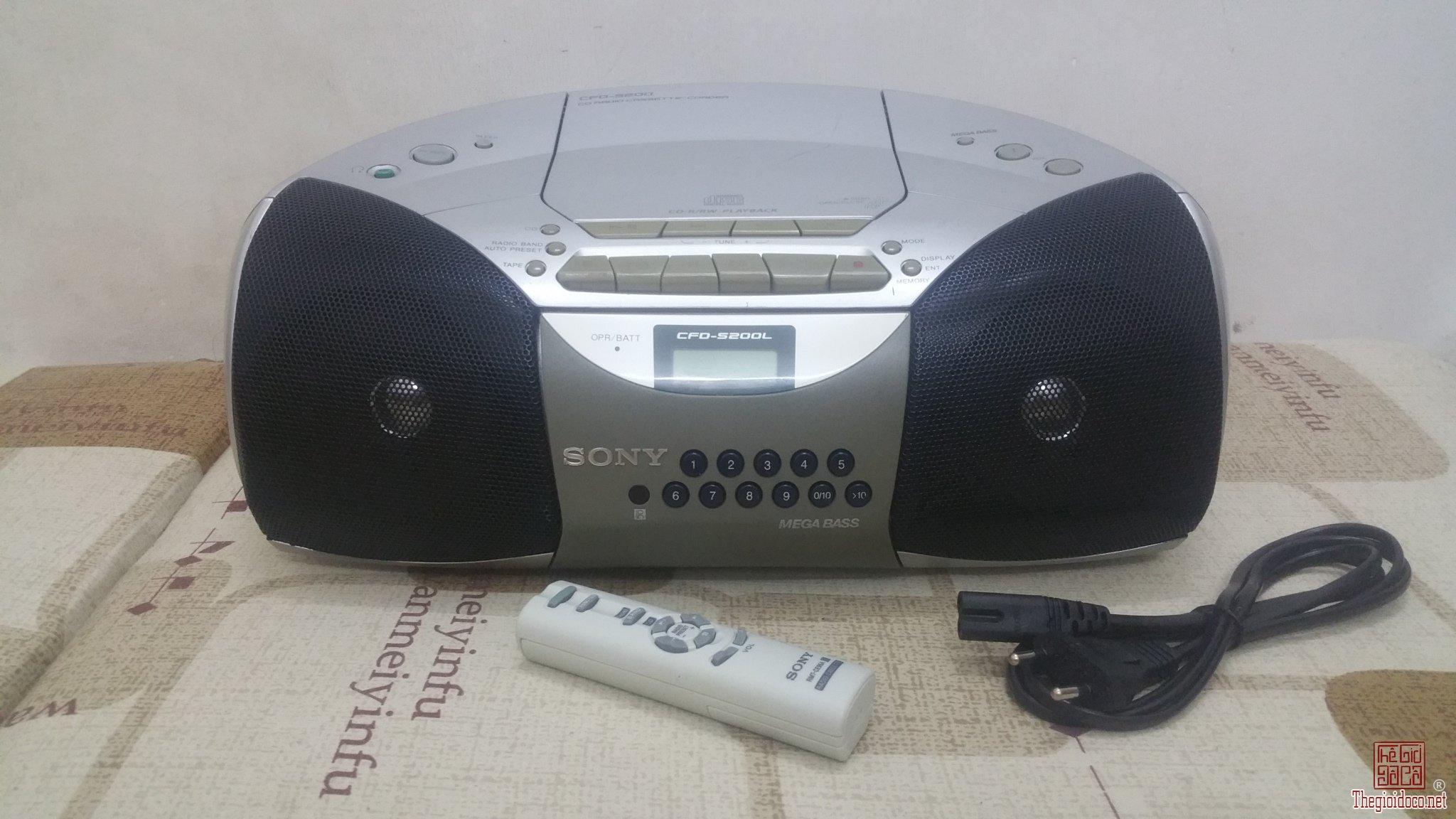 Đài CD Sony CFD-5200 cho các...