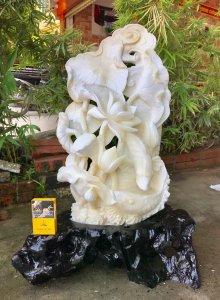 Điêu khắc vỏ trai Tai Tượng...