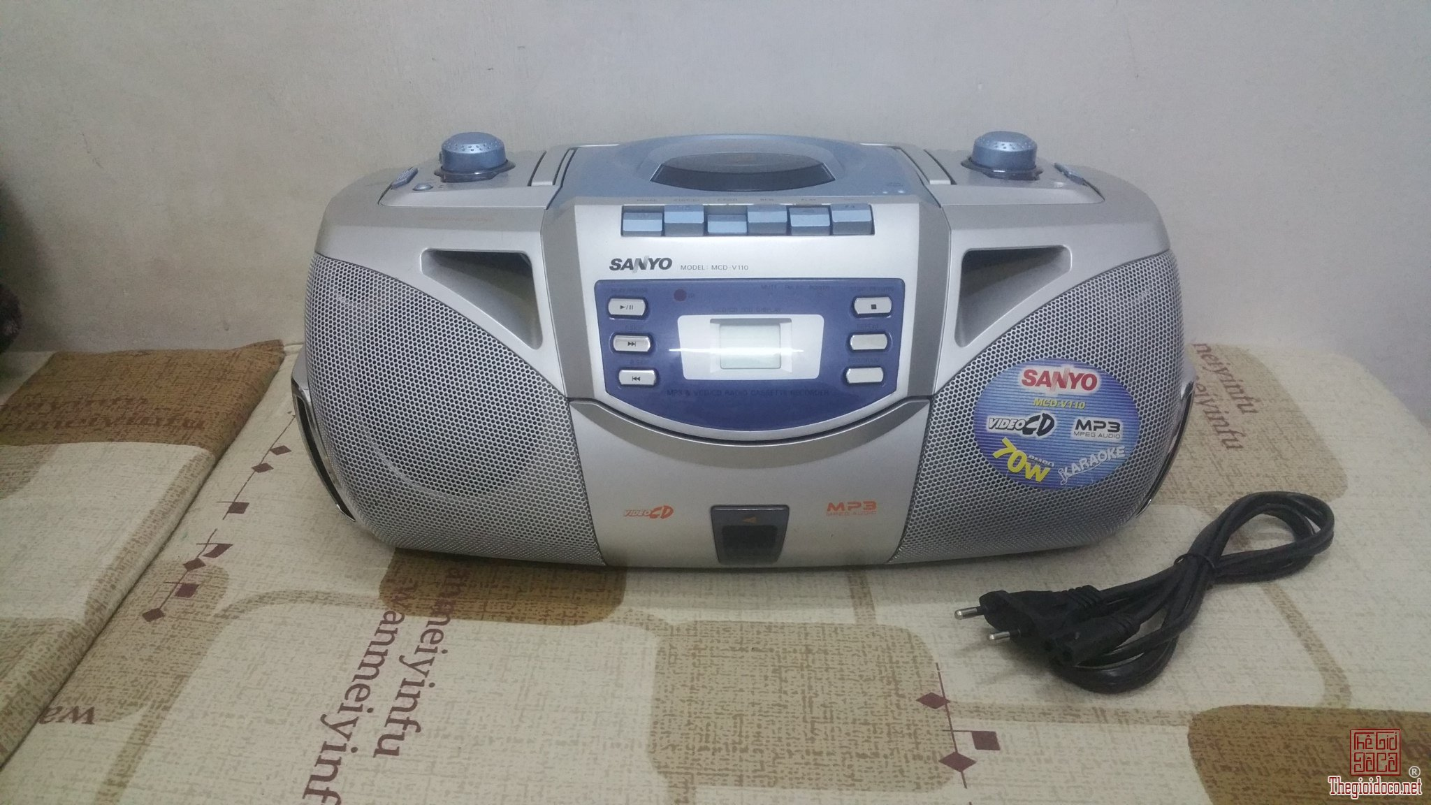 Đài đĩa CD Sanyo MCD-V110 học...