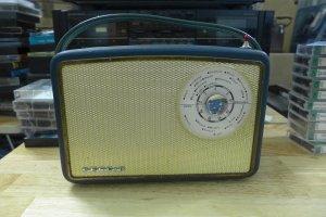 HCm - Q10 - Bán radio Perdio...