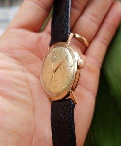 Đồng hồ xưa lên dây ENICAR 750...