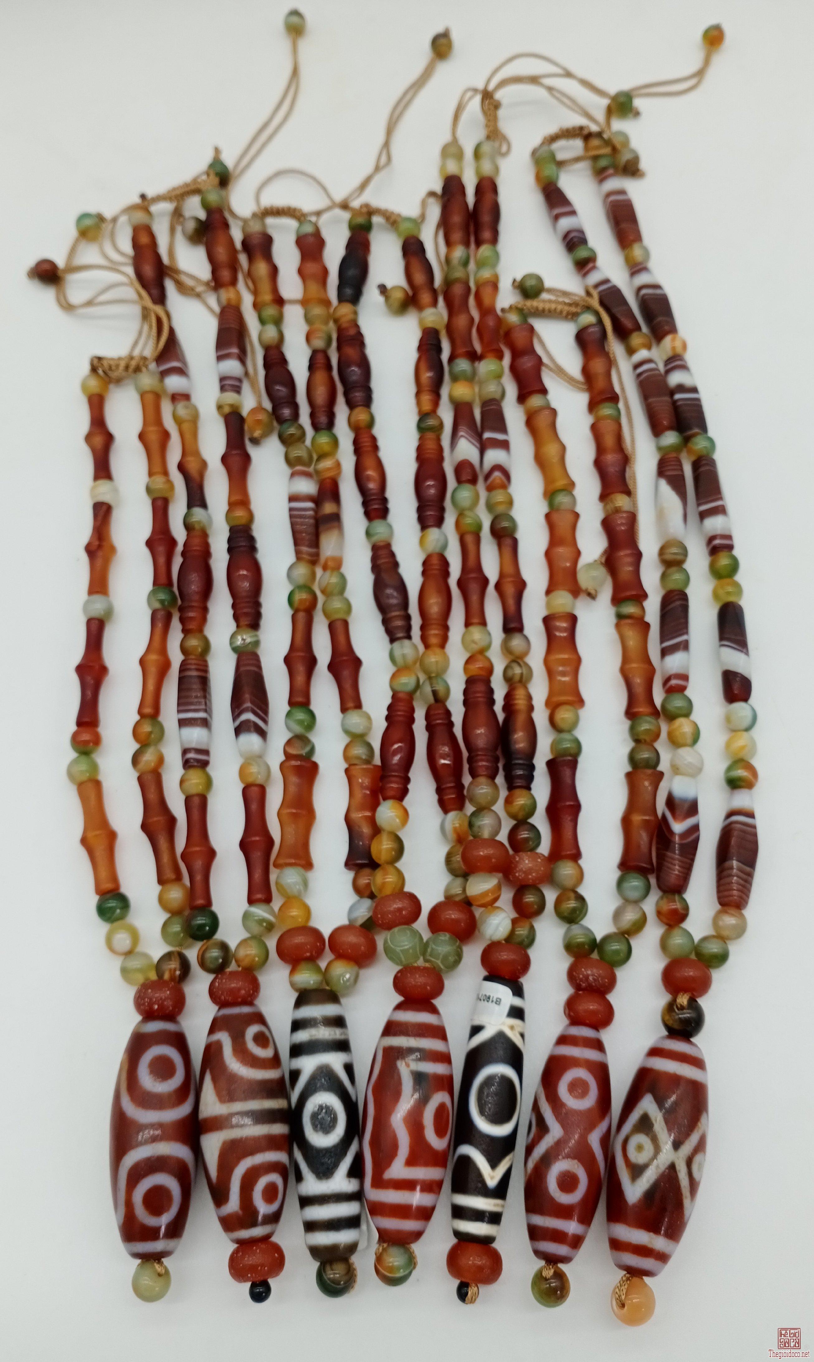 Dây chuyền mã não,mặt đá dzi Tây Tạng,hỗ trợ người đeo mọi mặt trong cuộc sống (có giấy chứng nhận )