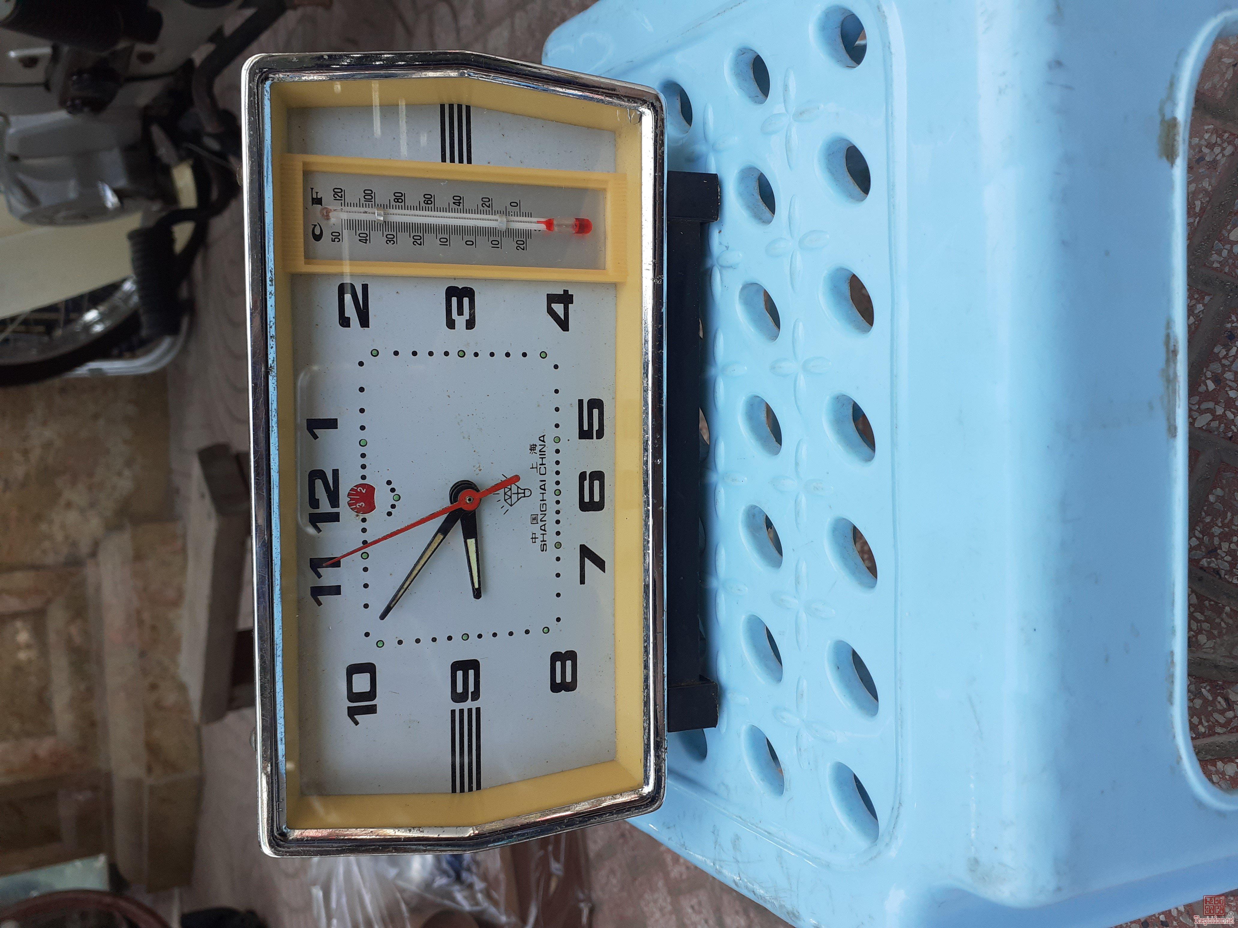 Đồng hồ nhiệt độ xưa
