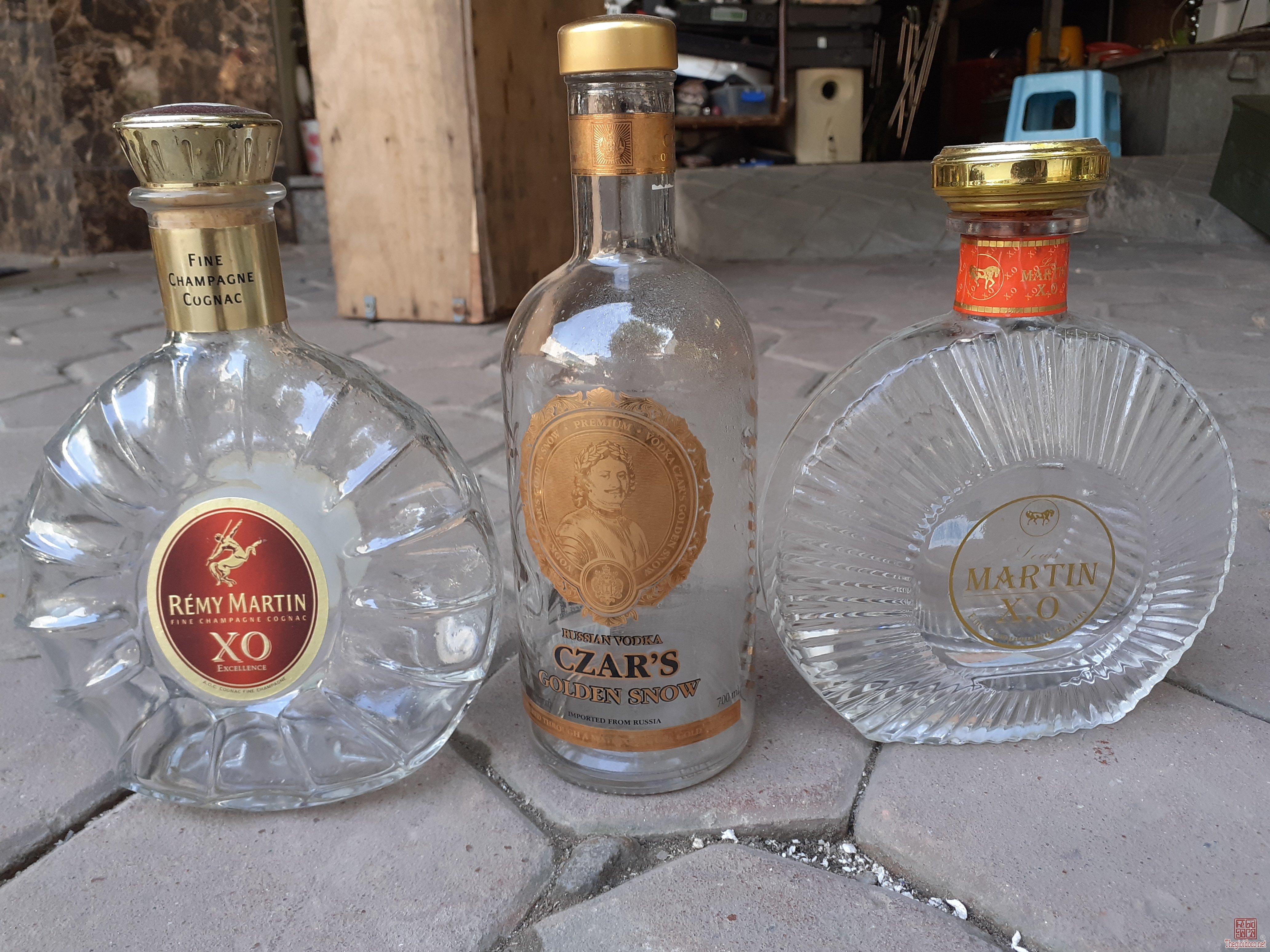 Vỏ chai rượu pháp