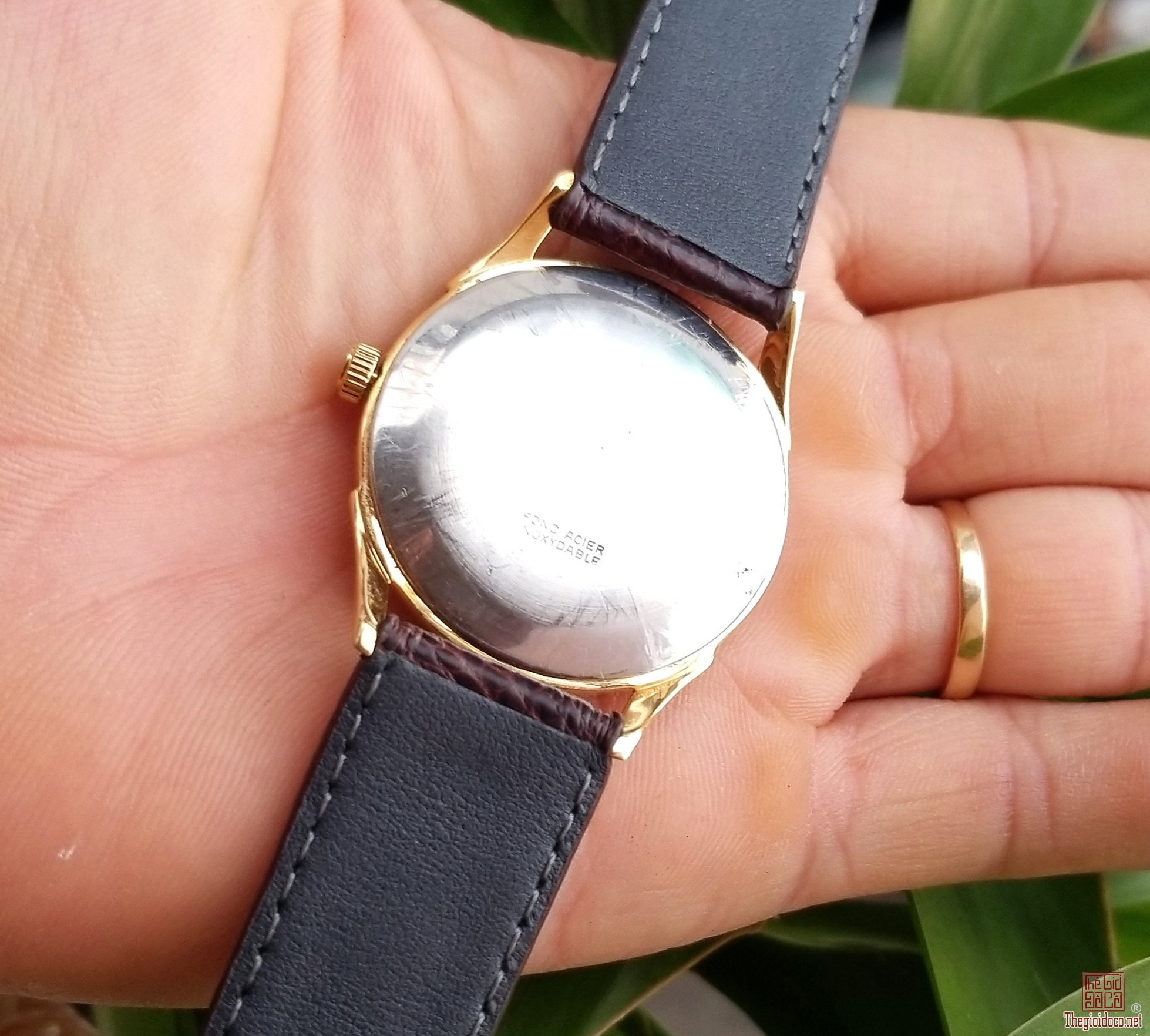 Đồng hồ xưa lên dây TELDA Thụy Sỹ