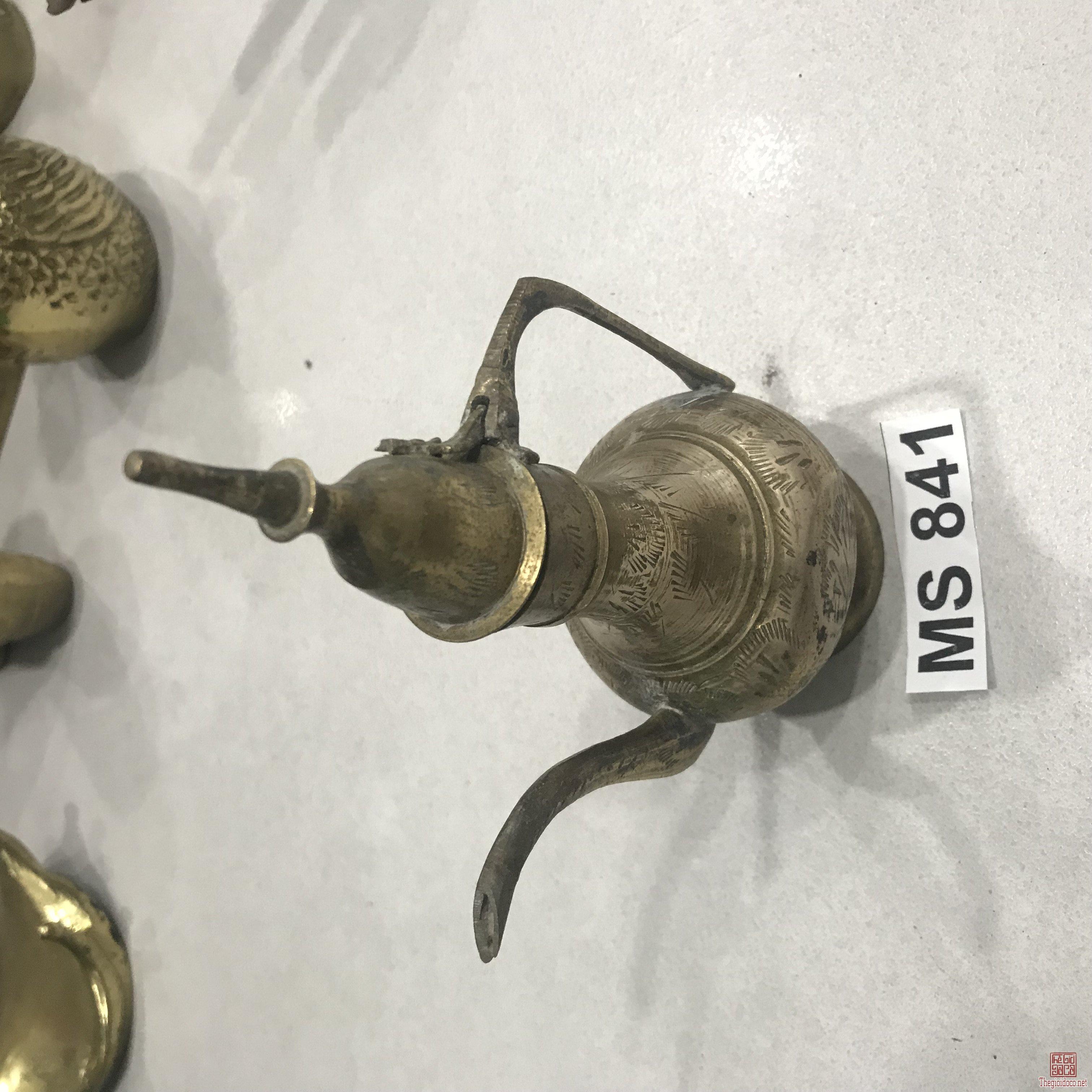 Bình ( MS 841)Bằng Đồng MADE IN INDIA Đồ Xưa Hàng Zin Từ USA
