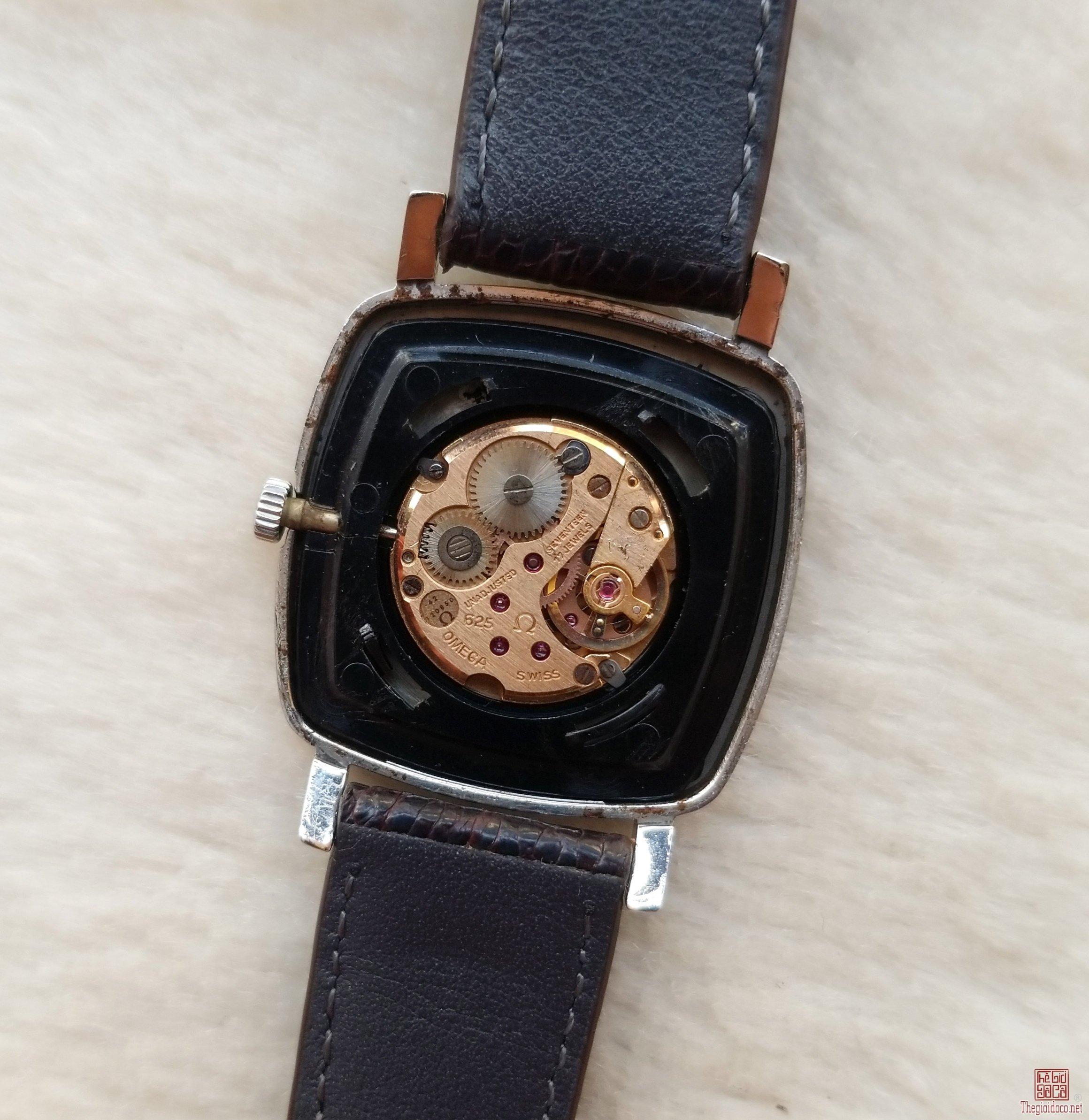 Đồng hồ xưa lên dây OMEGA Thụy Sỹ