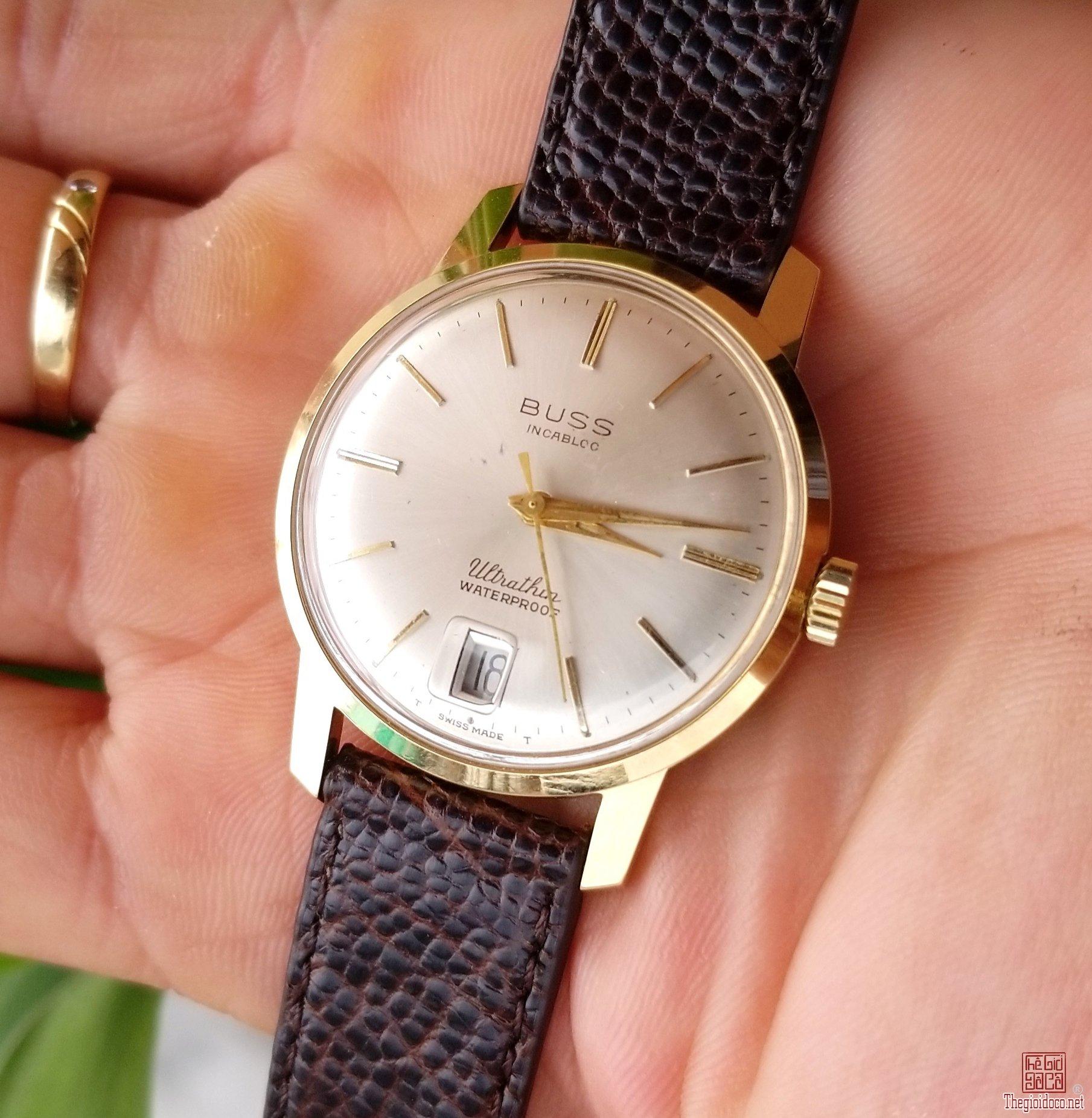 Đồng hồ xưa lên dây BUSS Thụy Sỹ