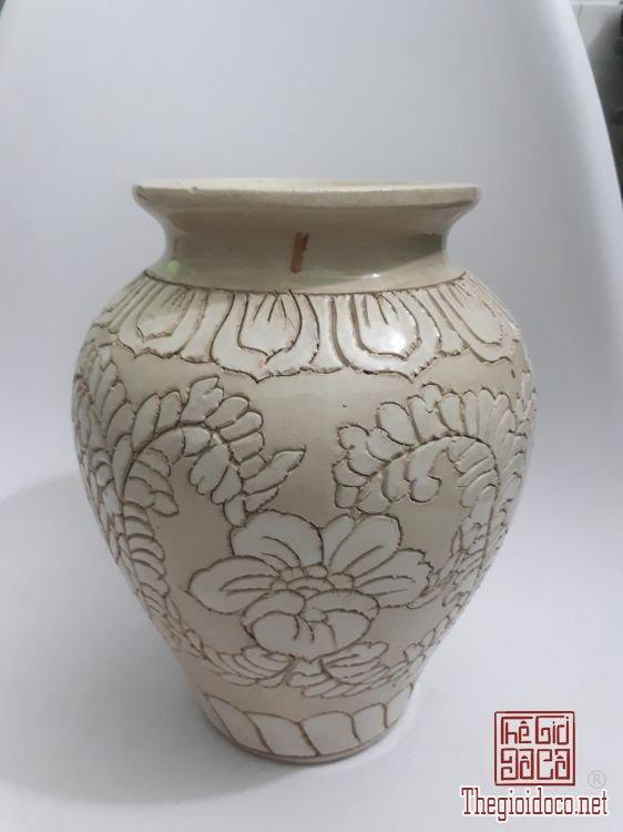 Bình Biên Hòa xưa vẽ cúc dây cao 24cm, lành