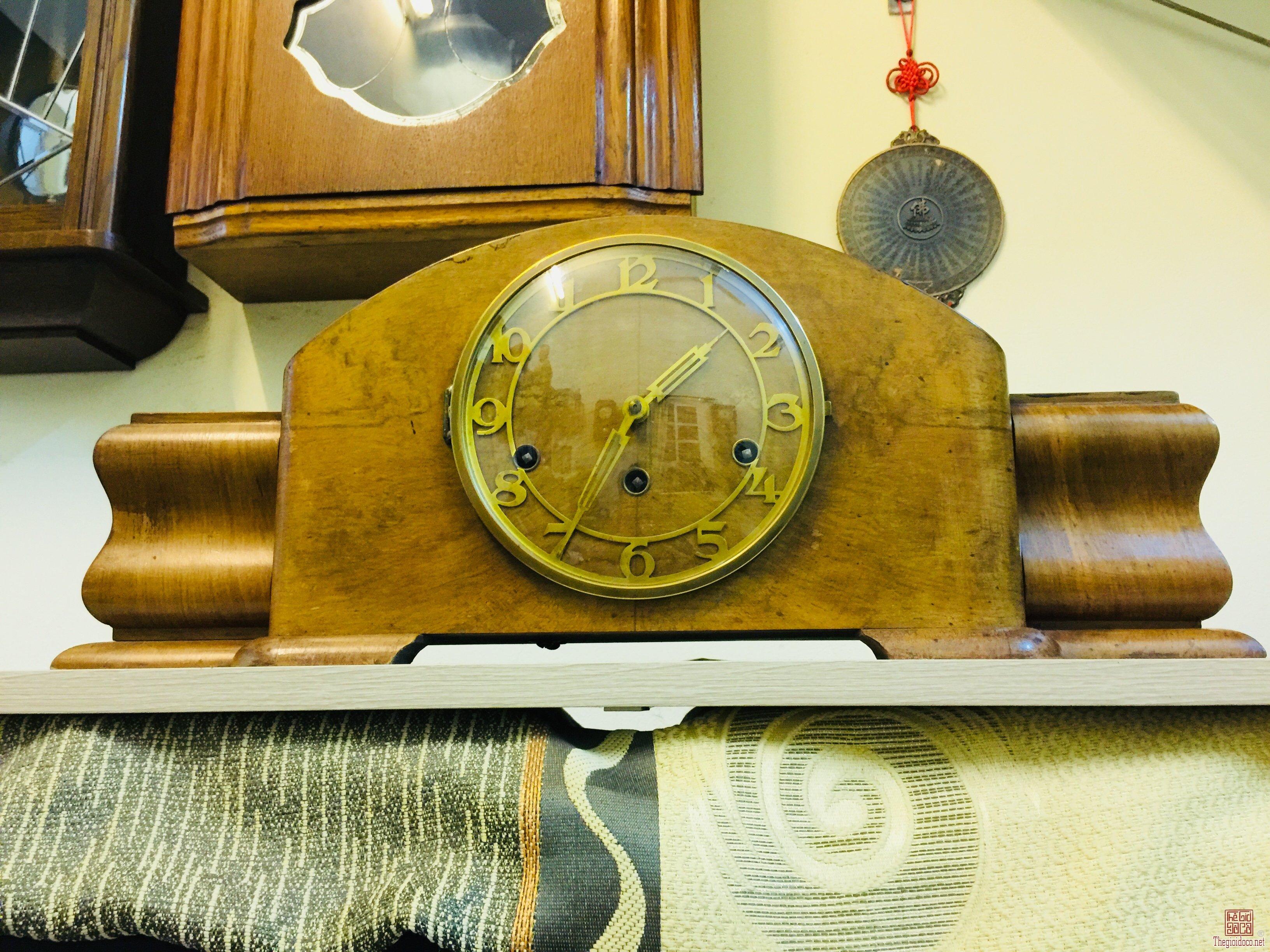 Đồng hồ vai bò Đức kiểu dáng lạ rất đẹp