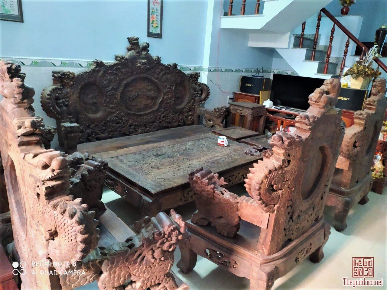Bộ bàn ghế Cửu Long Bảo Đỉnh gỗ Trắc đỏ 12 món