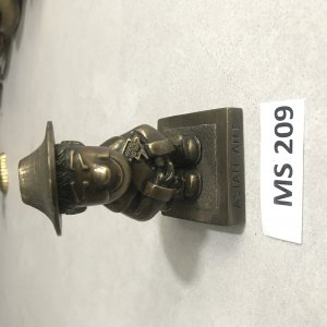 Chú Hề( MS 209) Đồ Xưa Hàng Zin...