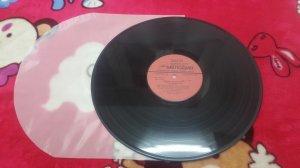 1 đĩa than LP nhạc nhẹ không...