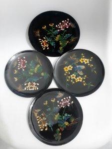 4 đĩa trưng bày sơn mài khắc...