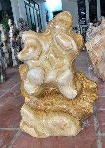 Cây đá vân gỗ óng vàng đẹp, cao...