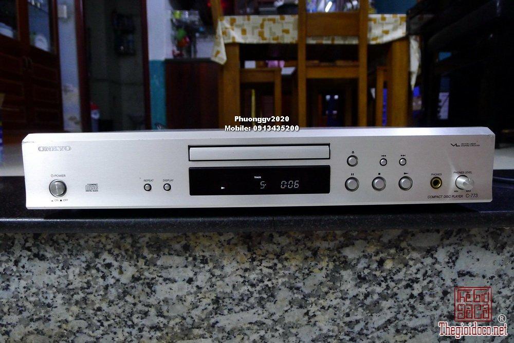 CD ONKYO C-773