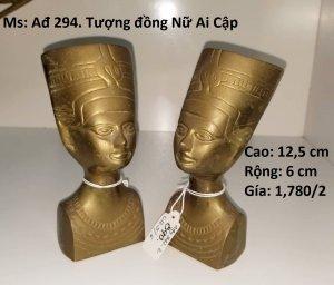 Cặp tượng nữ Ai Cập bằng đồng...