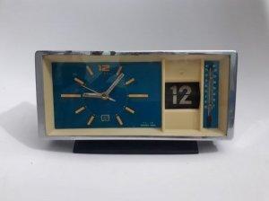 Đồng hồ dây cót máy đồng