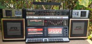 Máy Cassetle radio Sharp GF-939