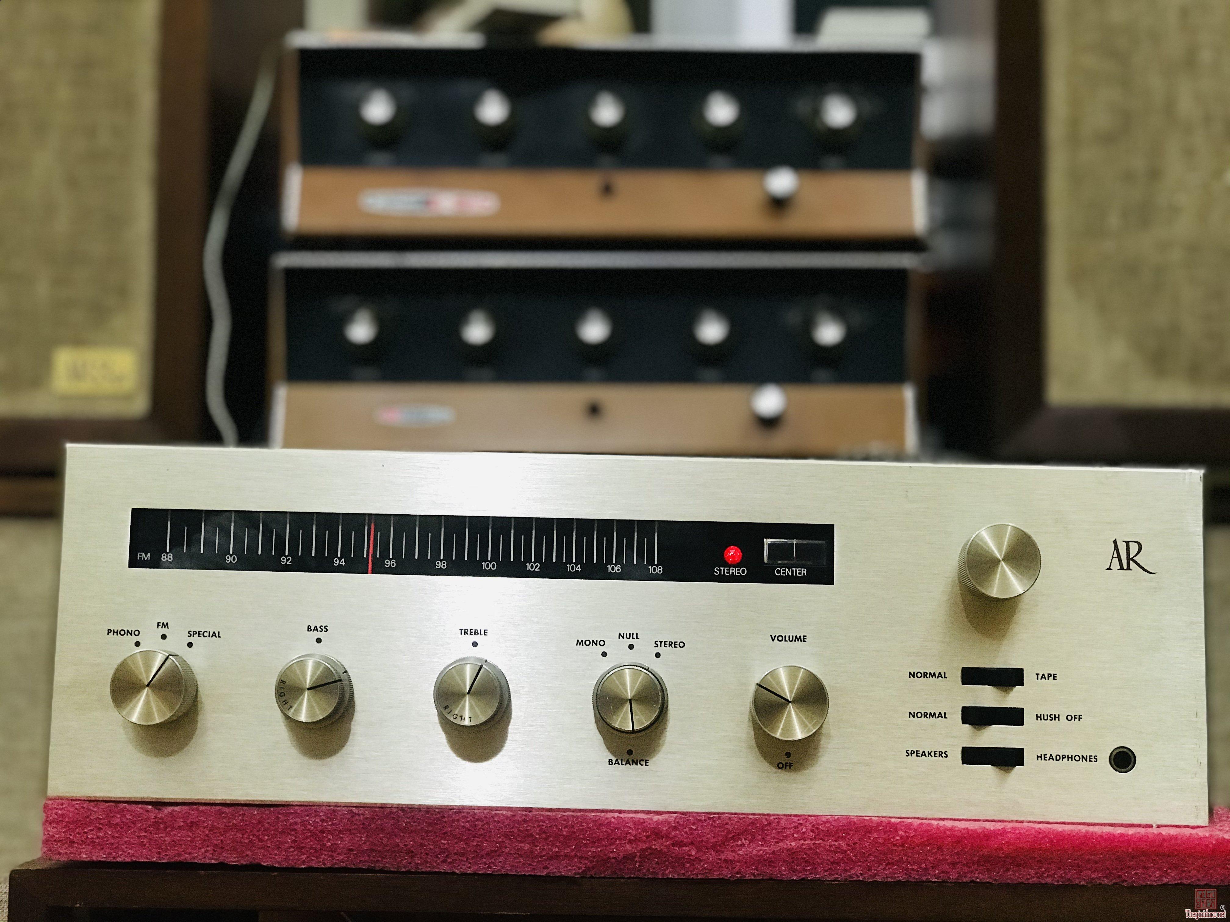 Ampli AR - R Radio máy đẹp hoàn hảo