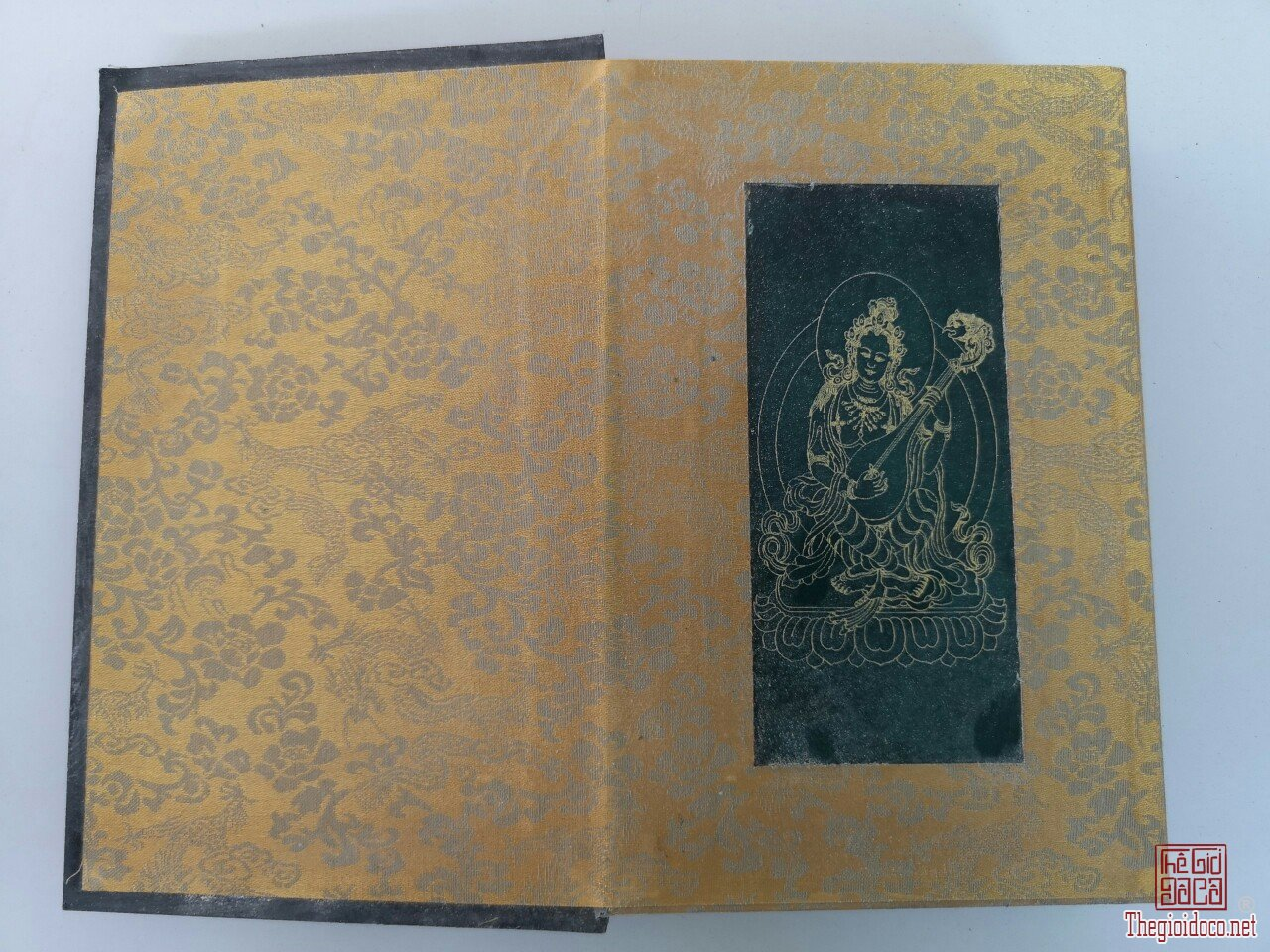 Sách kinh đá xanh quý hiếm độc lạ hàng hiếm giá khuyến mại 1,5 triệu 1 quyển