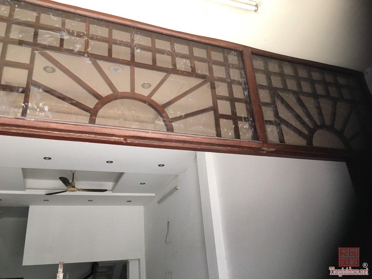Bộ cửa chính 4 cánh víp