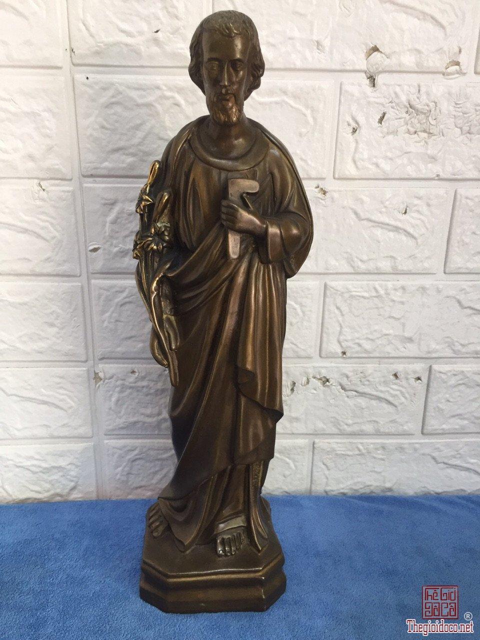 Thánh Giuse độc lạ quý hiếm hoa văn tinh xảo