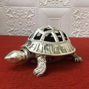 Đỉnh trầm cụ rùa